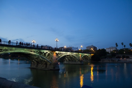 El Puente de Isabel II - beautiful bridge connecting el Centro with Triana